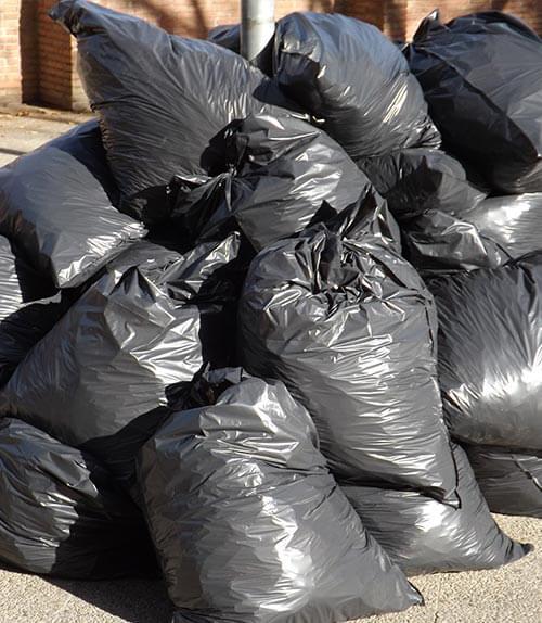 Müllsäcke mit Mischabfällen